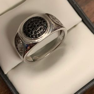Jewelry - Sterling Silver Black and clear crystal ring sz 9
